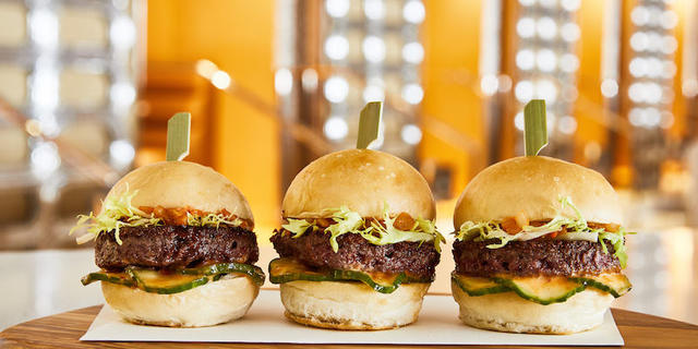 The Impossible Burger Comes to Las Vegas- Exclusively at Wynn